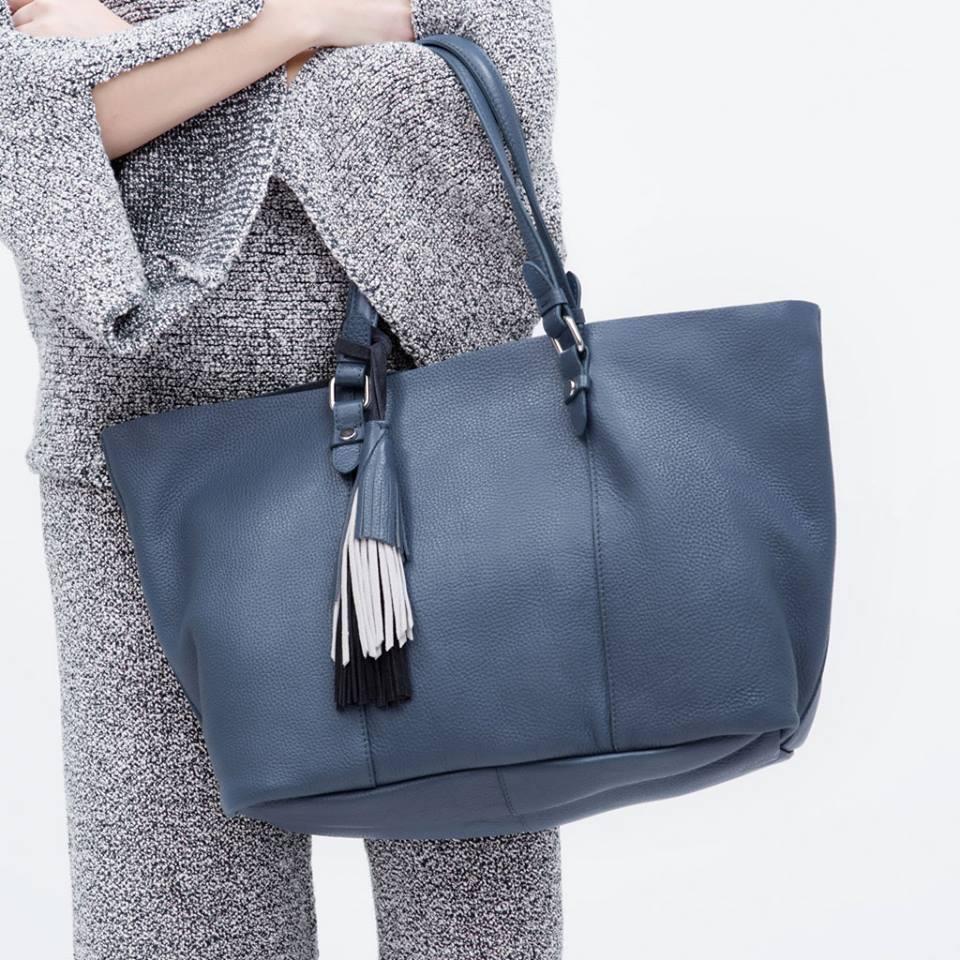 Nên dùng túi xách của hãng nào ?